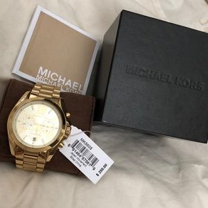 1a743211bc1c3 Michael Kors Accessories - MK watch W  PRICE TAG BOX Great 💘gift